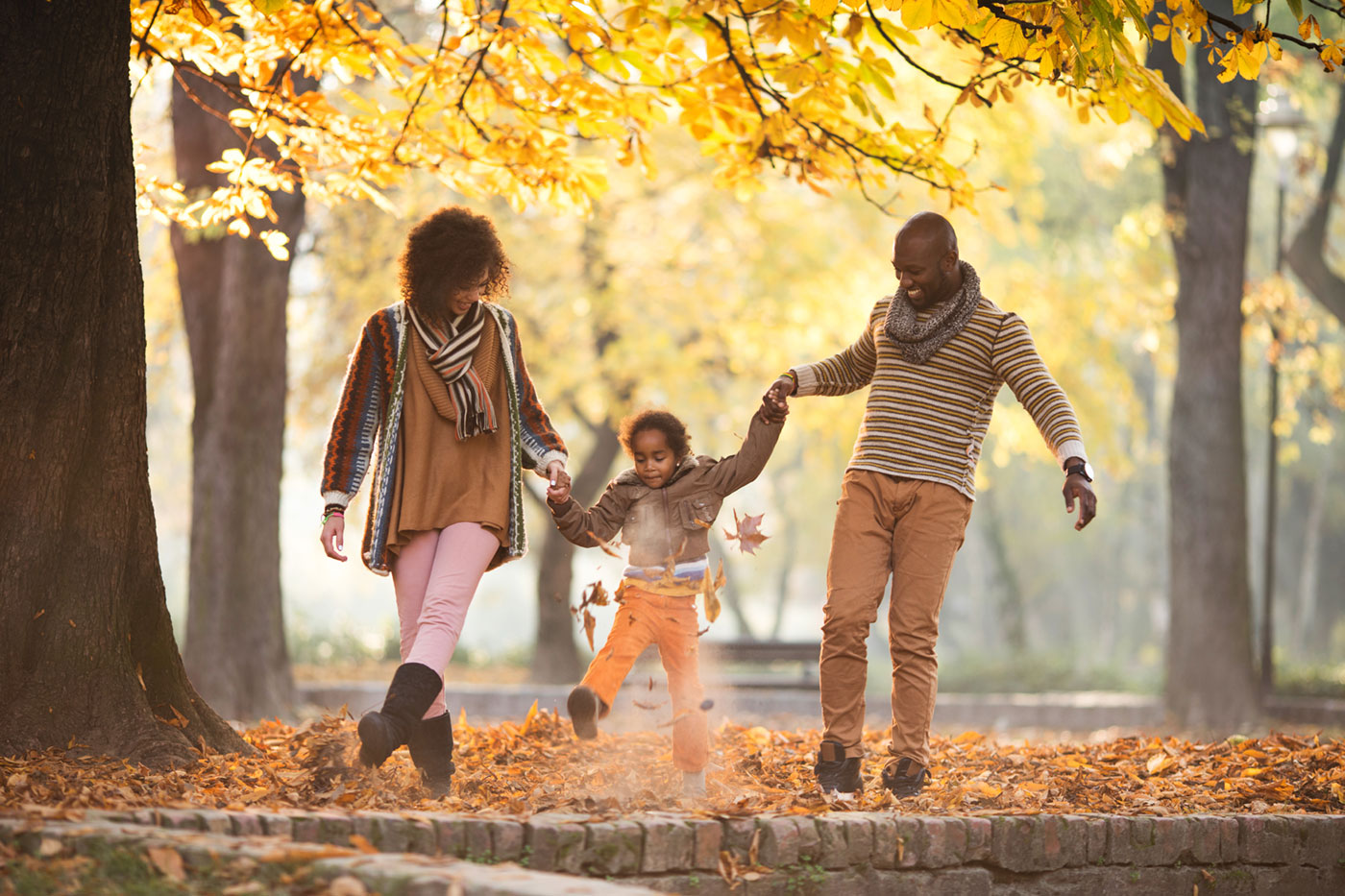 Fun Family Fall Activities That Are Inexpensive or Free